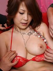 Yuki Aida enjoys sex toys in her Asian pussy