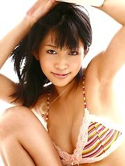 Sasa Handa sexy Asian beach bunny shows off her hot tits