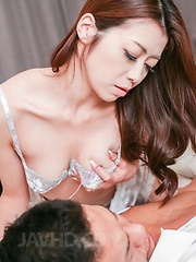 Maki Hojo Asian sticks finger in hairy twat and puts vibrator on