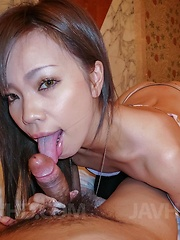 Sakiko Asian licks dick and showers her poonanie before is fucked