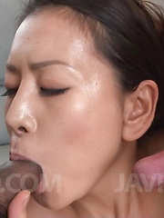 Rei Kitajima puts vibrator on clit and gets cock in her mouth