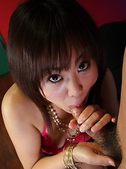 Sexy Asian Maki Hoshino gives hot head with slurp