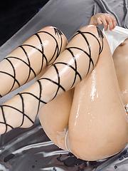 Toudou Yukari feet pictures