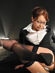 Japanese girl Yuri Aine gets two cocks