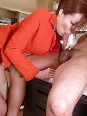 Sexy Yuna Hirose gets two hard cocks
