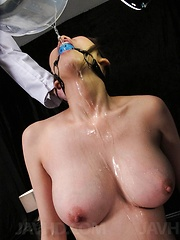 Akari Asagiri Asian is aroused to maximum to squirt in a bowl