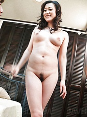 Hitomi Aizawa Asian has hairy cunt rubbed and asshole screwed