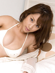 Ayaka Noda Asian in white lingerie shows hot tits and juicy ass