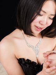 Shindou Miki handjob