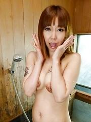 Minami Kitagawa Asian sucks shlongs and rubs her twat at shower