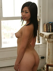 Yumi strips from her school uniform to flash her yummy private assets