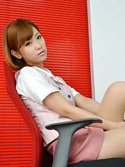 Hot Ichika Nishimura is sweet office babe that loves to amaze us