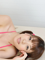 Hot Mizuho Shiraishi poses in sexy lingerie making us wild