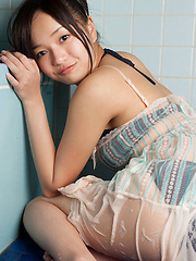 Mayumi Yamanaka Asian spoils body with shower over lingerie