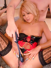 Rica Asian chick gets woody in mouth and in teased fish taco