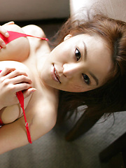 Yoko Matsugane Asian plays with huge cans and shows slit in thong