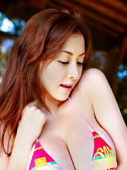 Anri Sugihara Asian shows huge assets in colorful bra outdoor