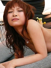 Forcing a Japanese girl to cum extremely hard