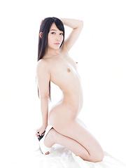 Kasugano Yui erotic pics