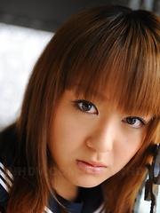 Cute babe Rui Natsukawa showing off her body
