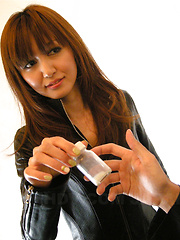 Horny Asian gal Yui Igawa sucks a big pecker