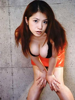 japanese porn model Anna Ohura