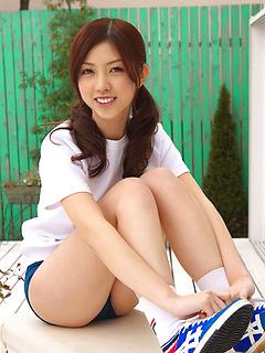 japanese porn model Azusa Togashi
