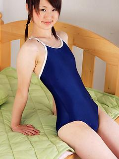 japanese porn model Naoko Sawano